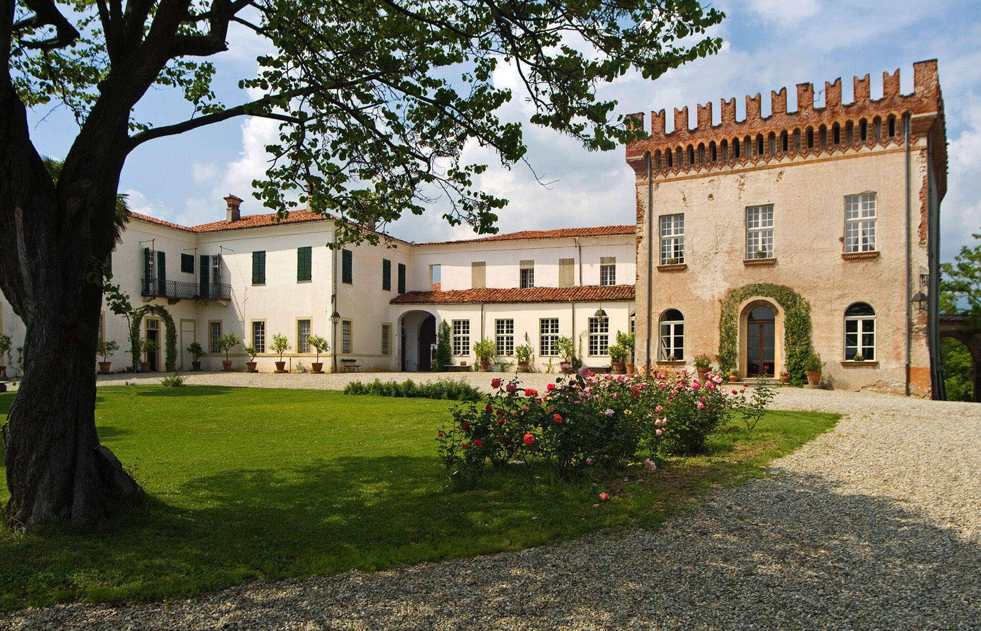 Castello Castellamonte Welcome to the Castle