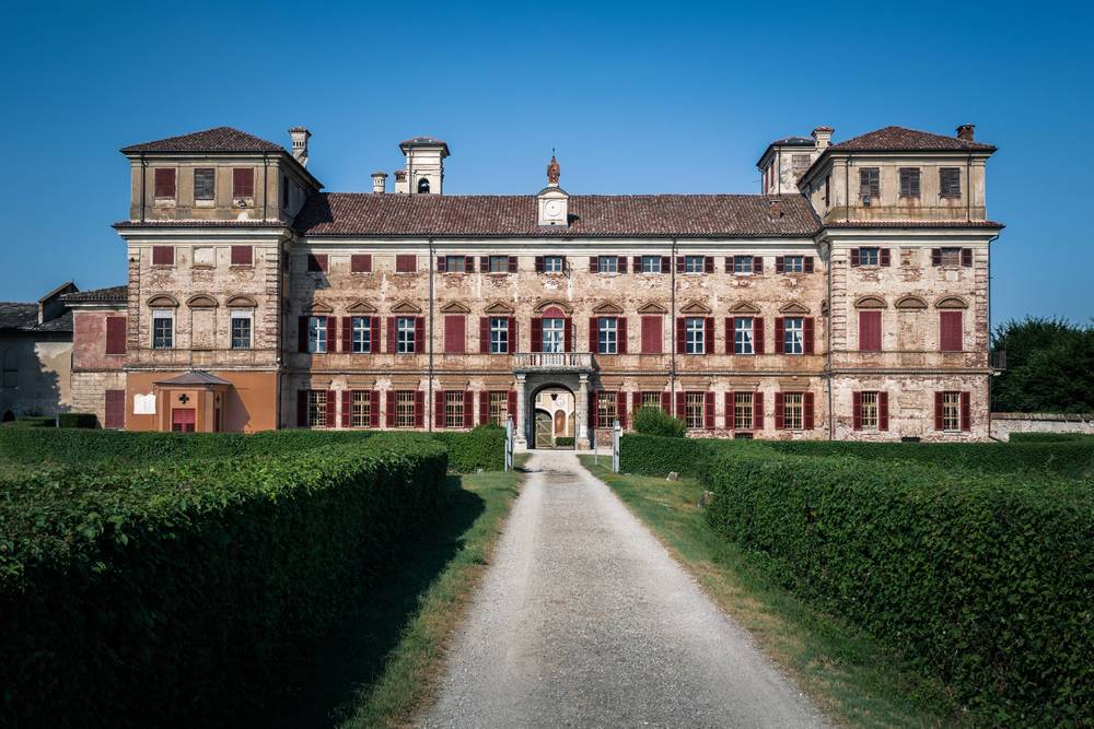 Palazzasso Welcome to the Castle