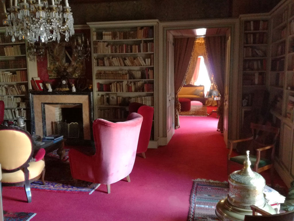 Interno Palazzo Guarini Welcome to the Castle Esperienze